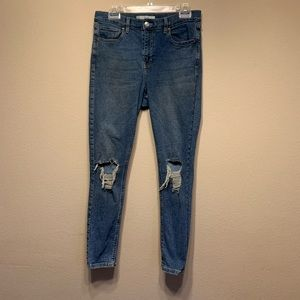 5 for $25 topshop Jamie jeans distressed